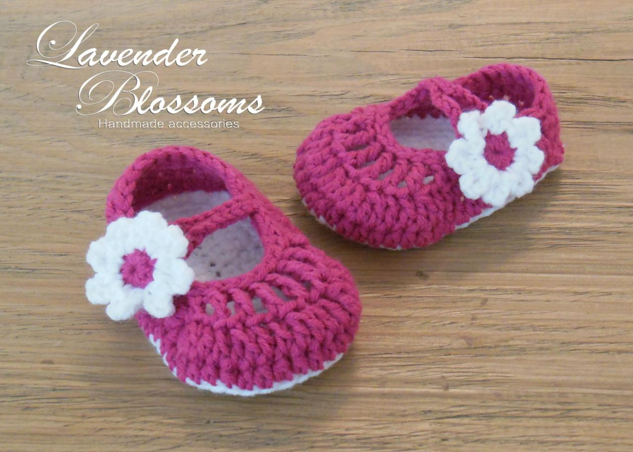Crochet Pattern For A Baby Jacket : Mary Jane Shoes Crochet Newborn Shoes Baby Shoes on Luulla